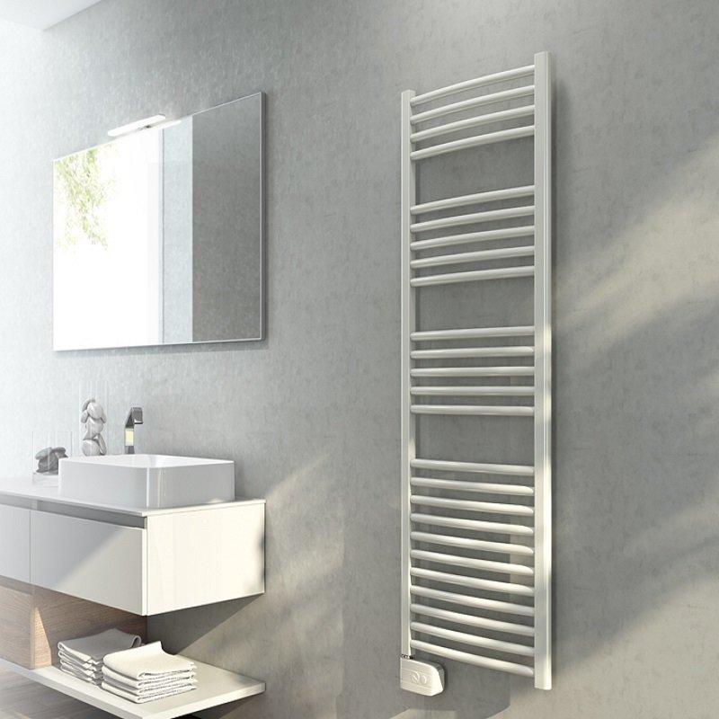 radiateur s che serviettes blanc lisa 500w pour salle de bain grande. Black Bedroom Furniture Sets. Home Design Ideas
