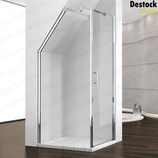 Salle de bains mansarde chambre salle de bain mansarde for Paroi de baignoire sous pente